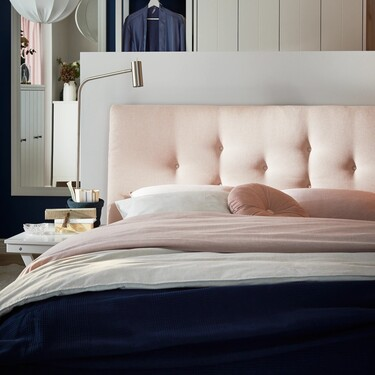 Las nuevas camas de Ikea (que no parecen de Ikea) con las que conseguir un dormitorio sofisticado y elegante