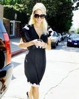 Paris Hilton está grabando un nuevo disco (y sí, ella canta en él)