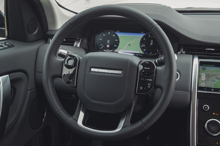 Land Rover Discovery Sport 2019 008