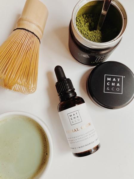Así es el sérum Facial Glow de Matcha & Co: todas las propiedades del té verde, la Vitamina C y la niacinamida para una piel radiante