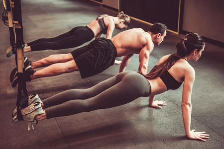 ¿El entrenamiento en suspensión (TRX) sirve para quemar grasa?
