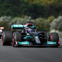 Lewis Hamilton domina los libres en Turquía pero tendrá una sanción de diez puestos por cambiar el motor