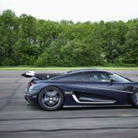 El Koenigsegg One:1 rompe récord de velocidad de VMAX200... ¡tres veces!