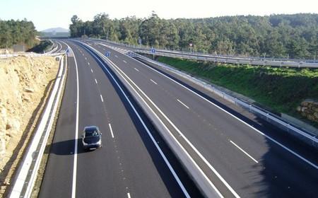 Si mejora la economía y se reducen los muertos, la DGT aumentará la velocidad en autovías y autopistas