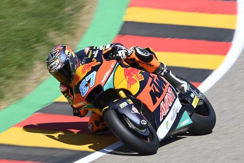 Remy Gardner aprovecha la caída de Raúl Fernández para ganar su tercera carrera seguida y escaparse en el mundial