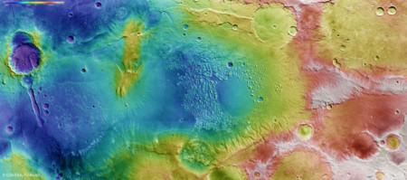 Sobrevolando Marte, cortesía de esta simulación de la ESA