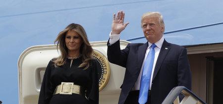 Así es el mono legro con el que Melania Trump ha aterrizado en Arabia en su primer viaje internacional