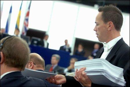 La Comisión de Industria del Parlamento Europeo vota la resolución sobre la Neutralidad de la Red