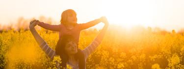 La desescalada propone pasear con los niños en las horas de más calor: consejos para protegerlos del sol y las altas temperaturas