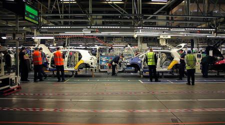 Los fabricantes de coches de Reino Unido empiezan a tomarse en serio un Brexit duro