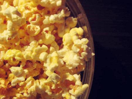 En el cine, mejor no elegir palomitas de maíz