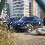 Las versiones SUV y familiar del Porsche Taycan se dejan ver antes de tiempo