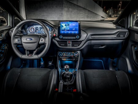 Ford Puma St 10a