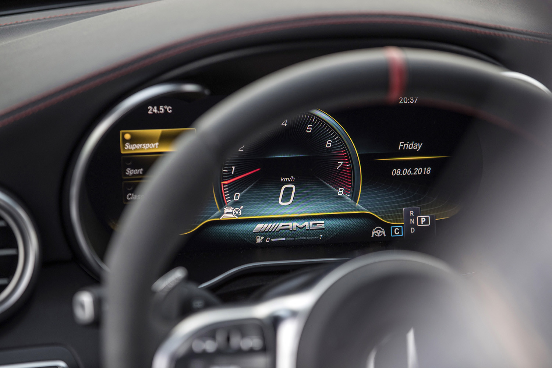 Foto de Mercedes-Benz Clase C 2018, toma de contacto (147/255)