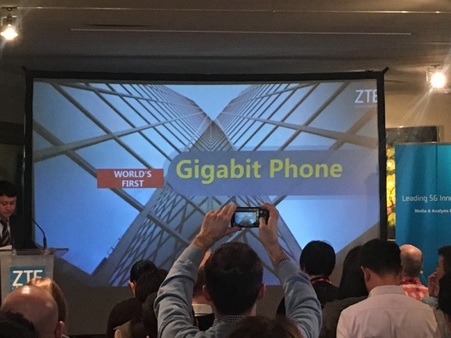 Gigabit Phone XTK