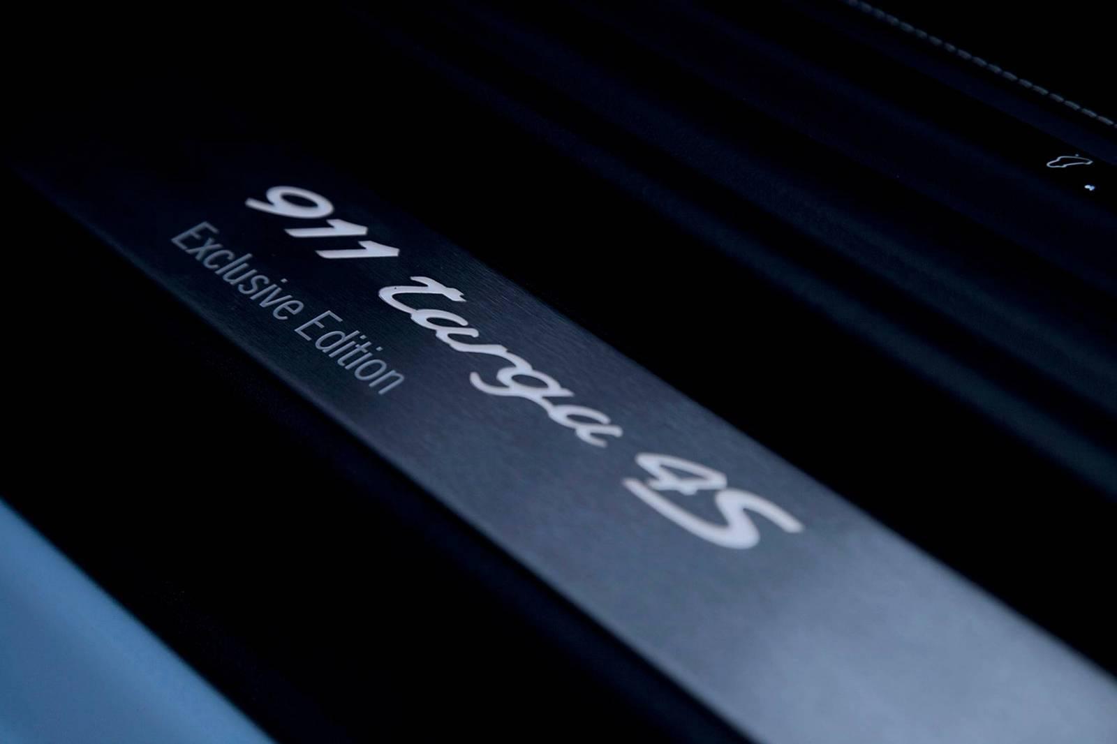 Porsche 911 Targa 4s Exclusive Edition 13 15