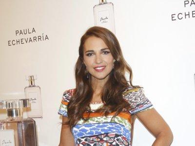 Paula Echevarría nos presenta su propio perfume con un look multicolor