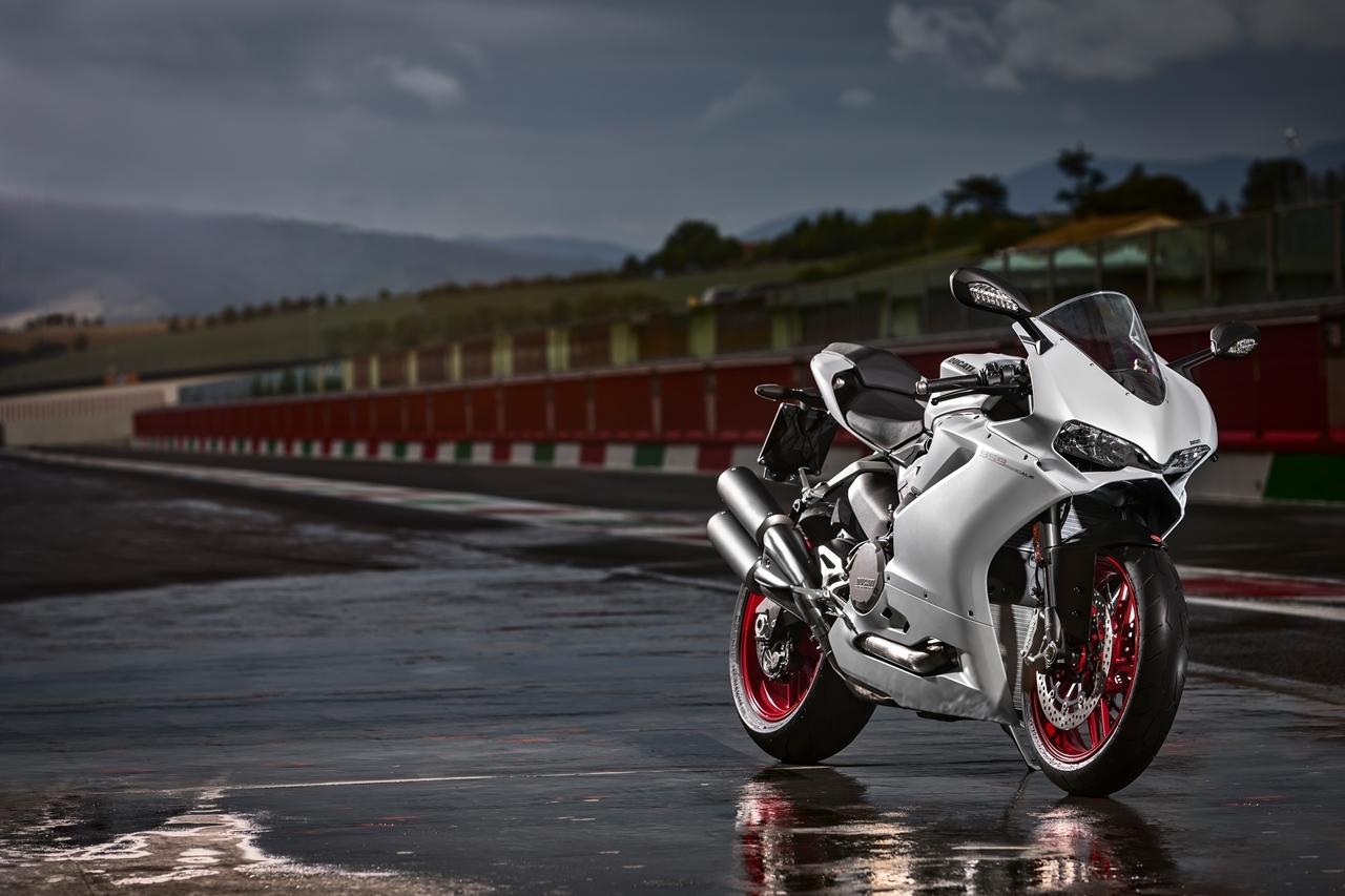 Foto de Ducati 959 Panigale (10/27)