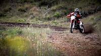 KTM EXC 300: una oda al dos tiempos en un vídeo espectacular