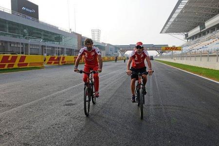 Hermann Tilke cree que el poco agarre del circuito de Corea del Sur dará una carrera espectacular
