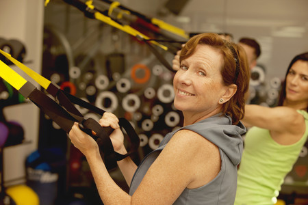 Para atenuar la pérdida de masa ósea mientras adelgazamos, los ejercicios de resistencia serían los más útiles