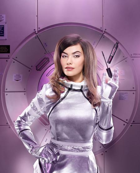 Hoy se lanza la nueva máscara Bad Gal Bang! de Benefit y nosotros ya la hemos probado, ¡es espacial!
