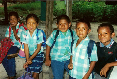 Las mochilas escolares y la posición en los pupitres, importantes para la salud