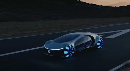 Mercedes-Benz muestra en vídeo y funcionando Vision AVTR, su concepto de vehículo eléctrico más alucinante de todos