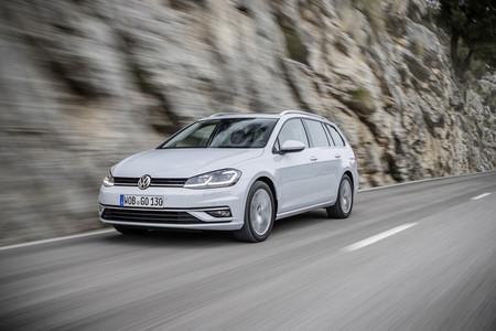 El Volkswagen Golf comienza a despedirse de producción en México: el último Variant sale de Puebla