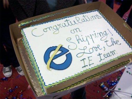 Imagen de la semana: Microsoft regala a Mozilla un pastel por lanzamiento de Firefox 4