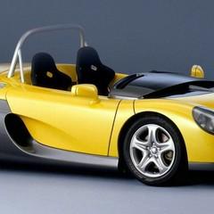 Foto 10 de 11 de la galería coches-para-usar-con-casco en Motorpasión