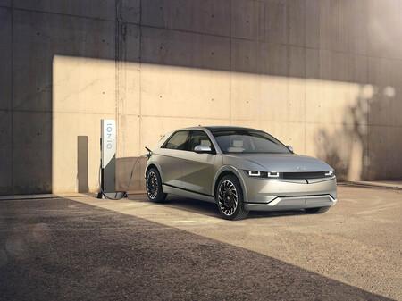 El Hyundai IONIQ 5 ya está aquí: el nuevo SUV eléctrico promete 480 km de autonomía y carga ultrarrápida de 800V