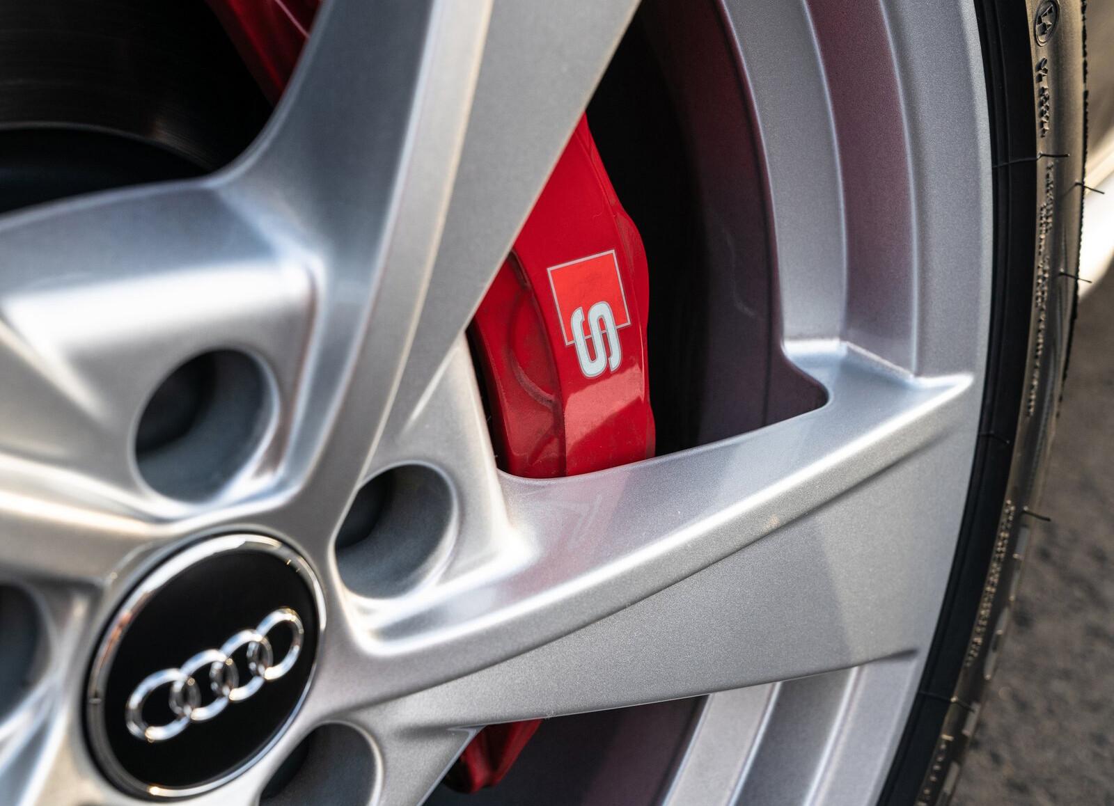 Foto de Audi S4 2021 (13/15)