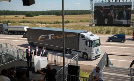 Mercedes-Benz Future Truck 2025, también hay espacio para los camiones autónomos