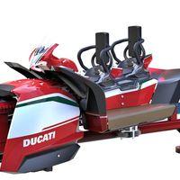 Andrea Dovizioso y Marco Melandri han puesto la primera piedra del parque de atracciones de Ducati