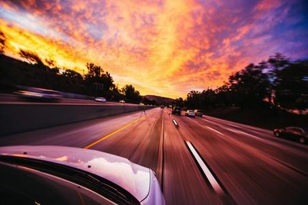 Antes de que llegue el vehículo autónomo, hay mucha tecnología que aprovechar en nuestro coche actual