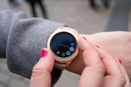 Los Samsung Galaxy Watch y Watch Active comienzan a actualizarse con mejoras de los relojes más modernos