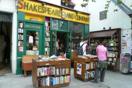 La ley anti Amazon de Francia aprobada: obligatorio cobrar los gastos de envío en libros