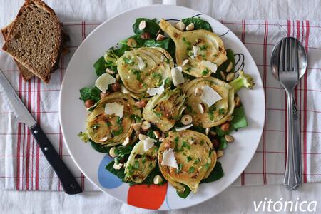 17 ensaladas con frutos secos y semillas para saciarnos sumando fibra y grasas sanas a tu mesa habitual