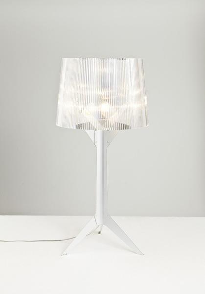 Foto de Kartell rediseña la lámpara Bourgie de Ferruccio Laviani en su décimo aniversario (3/4)