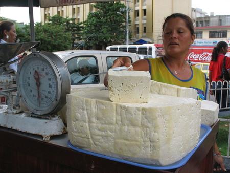 Investigadores de la Universidad Libre de Barranquilla encuentran bacterias mortales en el queso costeño