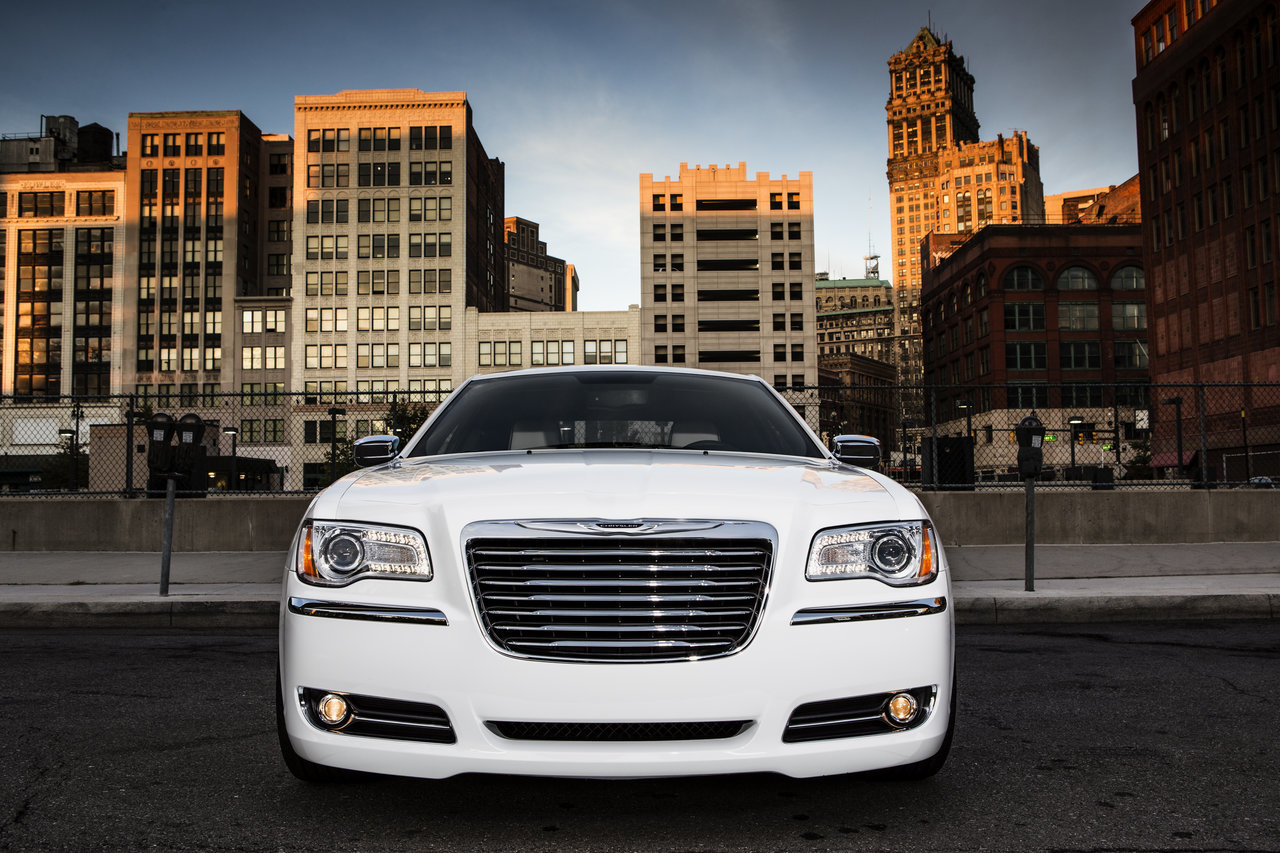 Foto de Chrysler 300C Motown Edition (10/21)