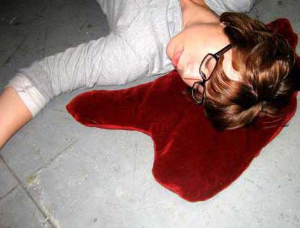 Almohada mancha de sangre