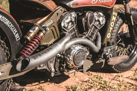 Indian Scout Black Hills Beast 28