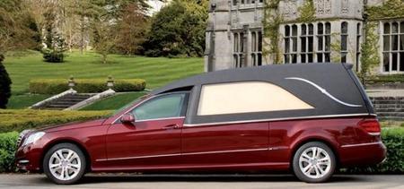 Mercedes Clase E fúnebre