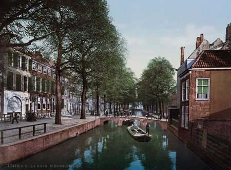 Canal En La Haya