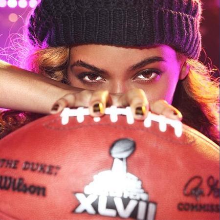 Beyoncé por fin lo dio todo en la SuperBowl, ¡tremendo espectáculo!