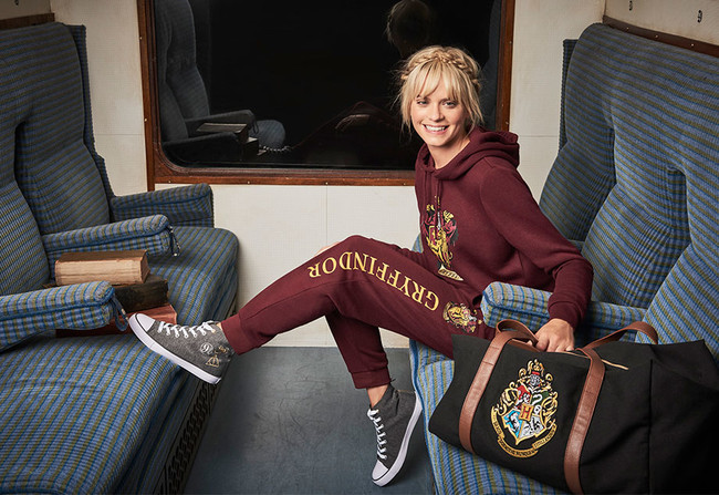 Primark Aw17 Womenswear Harry Potter Tracksuits 2