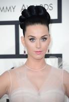 Lo errores de belleza que no deberías copiar de los Premios Grammy