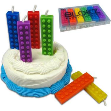 Velas de bloques de Lego para la tarta de cumpleaños